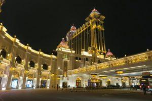 澳門賭場牌照明年到期,中國修法加強監管跨境洗錢,多家博弈業者股價重挫